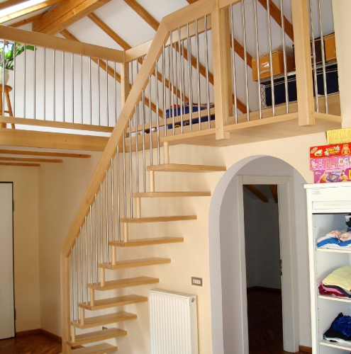 Steiltreppe 10
